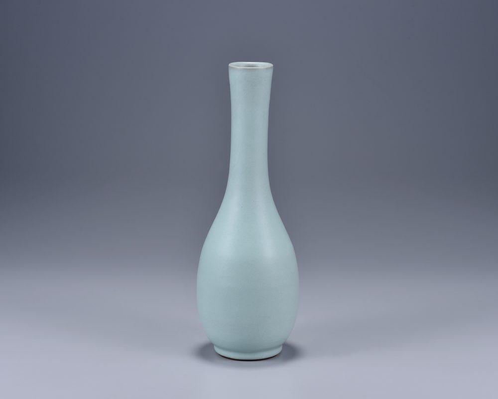 㚕磬窯_粉青鶴頸瓶